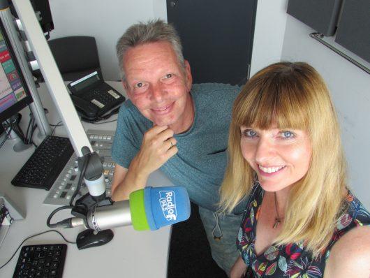 """Mit """"Guten Morgen Franken"""" senden Steffi Pankotsch und Helmut Föttinger bei Radio F die meistgehörte Morgensendung aus Nürnberg."""