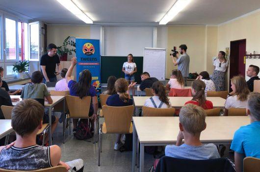 "MDR TWEENS Schultour in Wittichenau, Klasse 6b aus der Oberschule ""Korla Awgust Kocor"" (Bild: ©MDR/Sophie Lotzwik)"