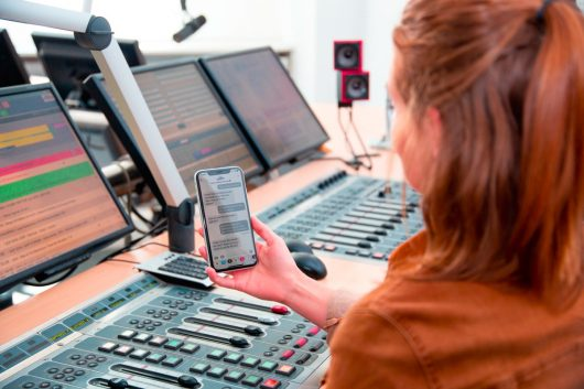 Radio Arabella startet mit Apple Business Chat (Bild: Nadine Vaders)