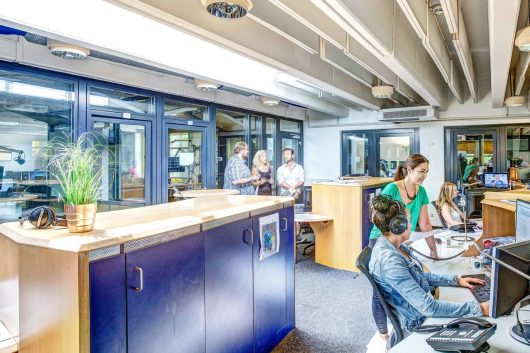 RPR1-Newsroom (Bild: ©RPR1./Thommy Mardo)