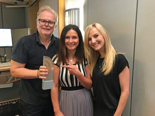 Herbert Grönemeyer, Tina Knop und Julia Wechler (Bild: ©Kay-Christian Säger/Deutscher Radiopreis)