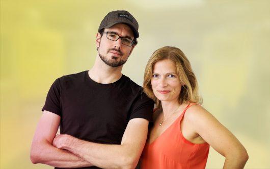 Die ausgezeichneten Morgenmoderatoren Carmen Schmalfeldt und Sebastian Poullie.