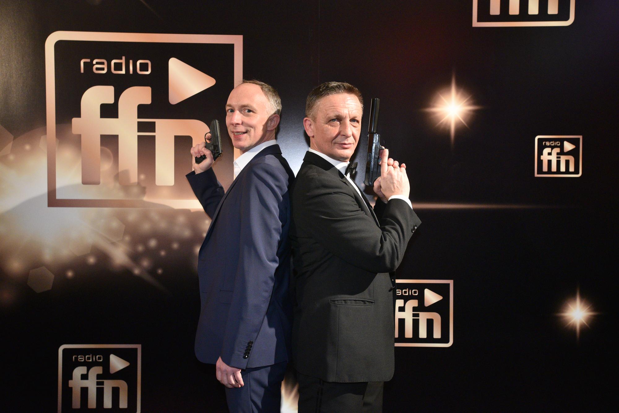 Lars Gerdau, GF Landeswelle Thüringen, und James Bond (Bild: ©ARP/SCHEFFE)