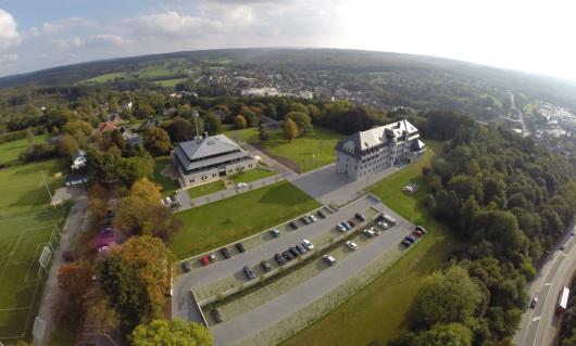 BRF-Funkhaus und Parlament (Bild: ©BRF)