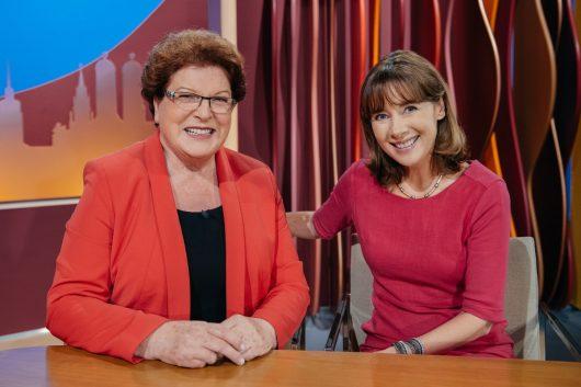 Mit der CSU-Politikerin Barbara Stamm in der Sendung Unter vier Augen (Bild: ©BR/Julia Müller)