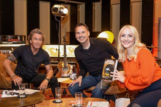 Talkstudio der Peter Maffay Radioshow mit Sebastian Fitzek