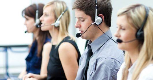 Call Center (Bild: ©Wavebreak Media Ltd. / 123rf)