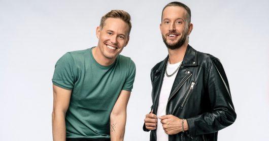 """Timo Killer (li.) und Benne Schröder sind die Hosts der """"YOU FM Good Morningshow"""" (Bild ©hr/Ben Knabe)"""