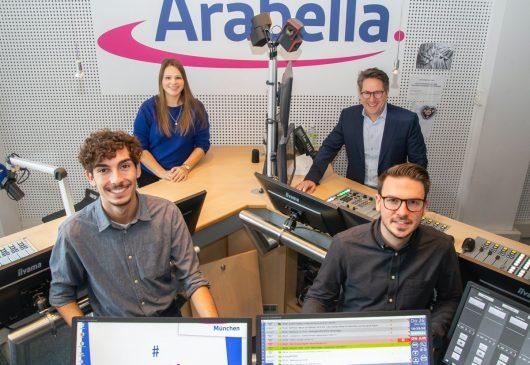 Arya Hector, Chantal Martin, Till Coenen, Max Eckart (Bild: Radio Arabella)