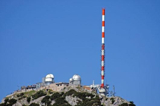 Im bayerischen Projekt 5G TODAY wird die großflächige TV-Übertragung im Rundfunkmodus FeMBMS für LTE/5G untersucht. (Bild: ©BR)