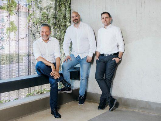 Antenne GF G. Bichler m. Programmchefs M. Fischeneder und T. Bodner_(Bild: ©Marija Kanizaj)