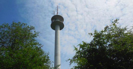 Der Sender Holzminden-Neuhaus (Bild: ©HR/NDR/Torsten Greetfeld)